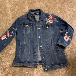 Express misses XS/S Embroidered denim jacket